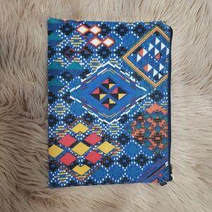 4/$25 Aztec clutch purse